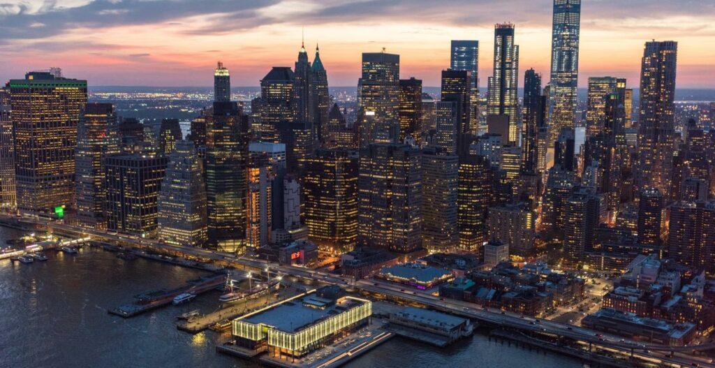 efectivo NYC Pier 17 Lower Manhattan NYC PIER 17 AERIAL CITYSCAPE a018289e 2bb4 463a 951a 4978ccb0f4e0