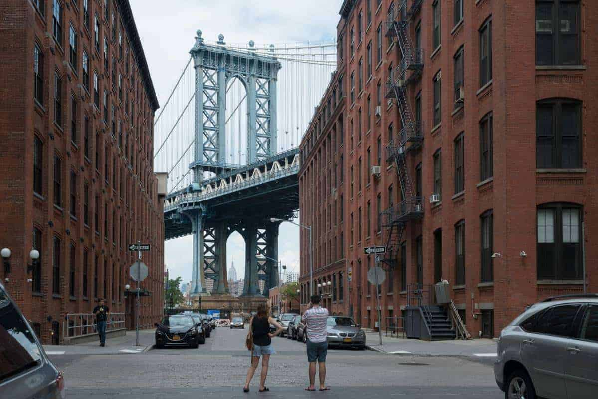washingtonstreet-dumbo-brooklyn-nyc-dumbostreetscenes_julienneschaer_207__large