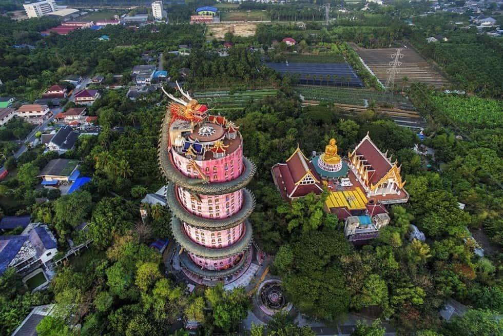 wat-samphran-dragon-temple-thailand