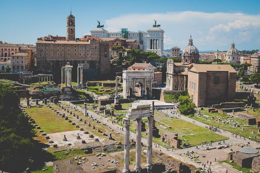 Lugares Para Conocer En Roma: Foro Romano