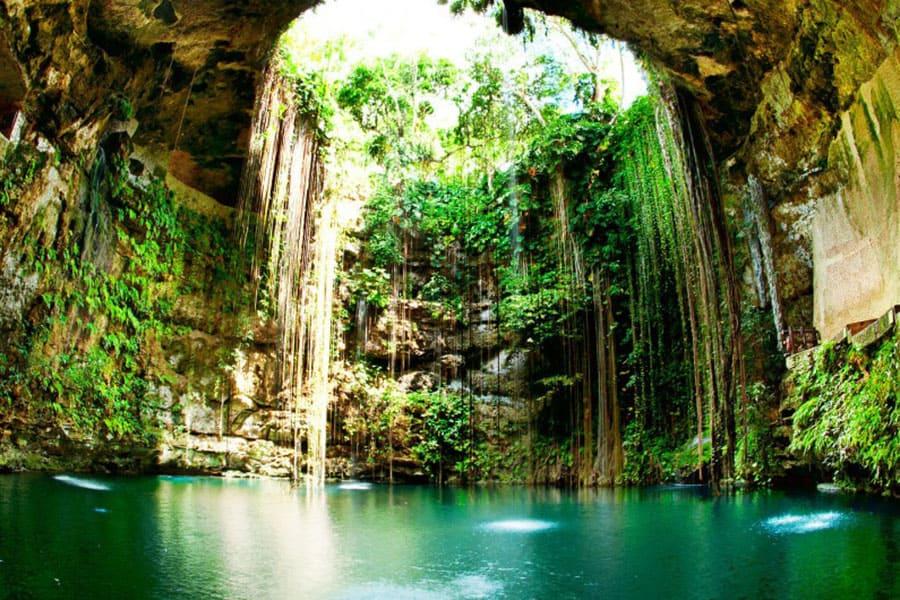 Cenote Ik Kill - Jardín Del Edén