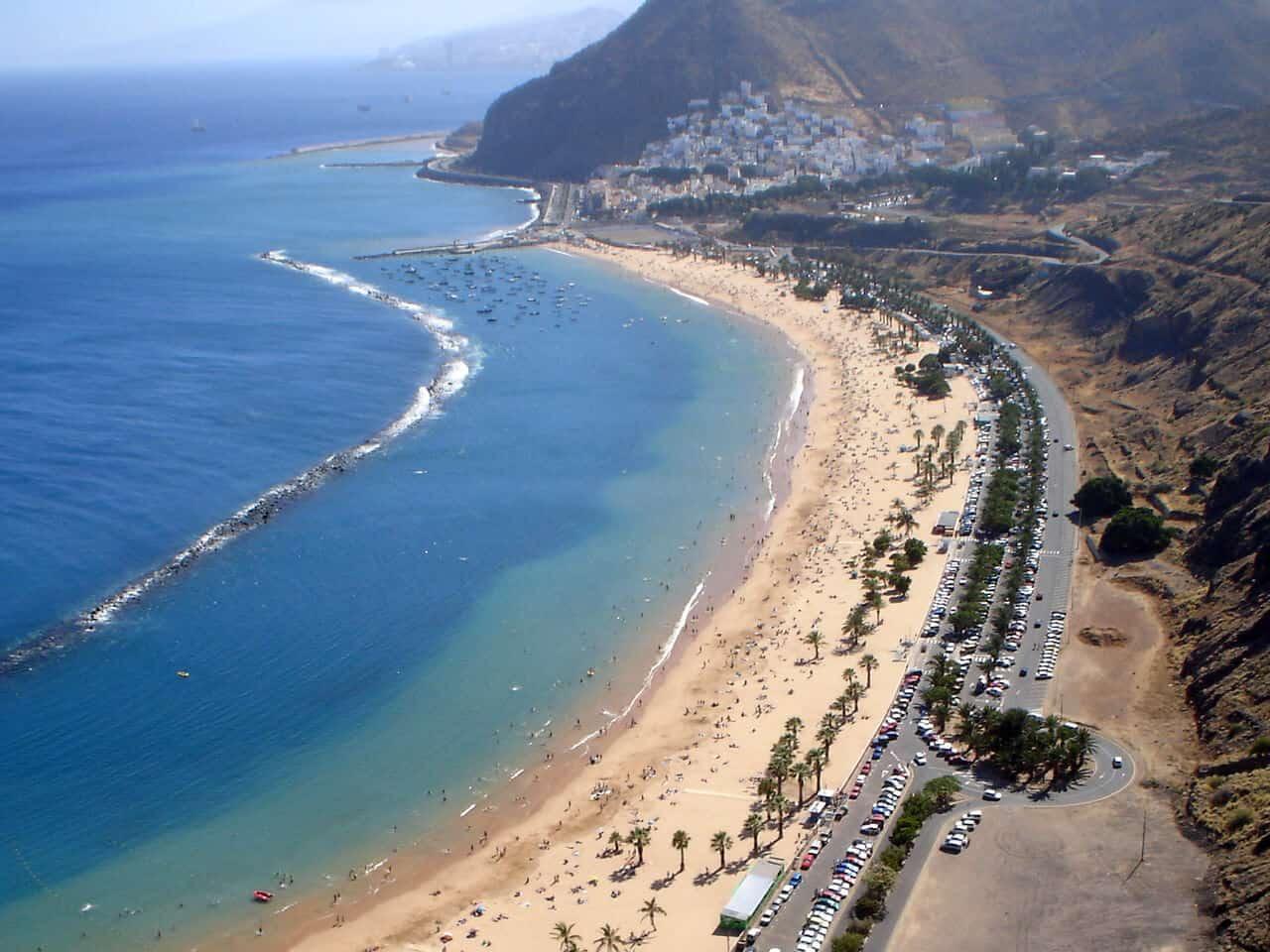 playa-de-las-tersitas-in-santa-cruz-tenerife-spain (1)