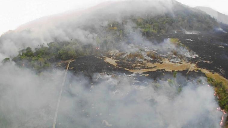 Alerta en Uruguay por el humo de los incendios en el Amazonas