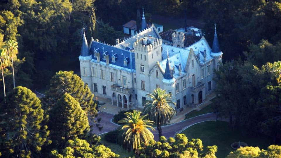 cropped-castillo-5.jpg