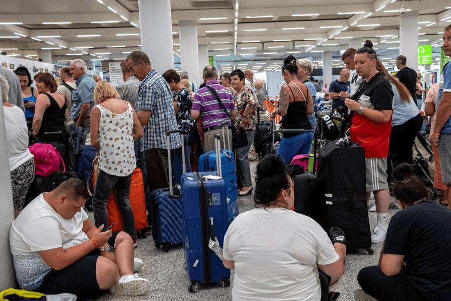 La operadora de viajes Thomas Cook se declaró en quiebra afectando a 600.000 turistas en todo el mundo