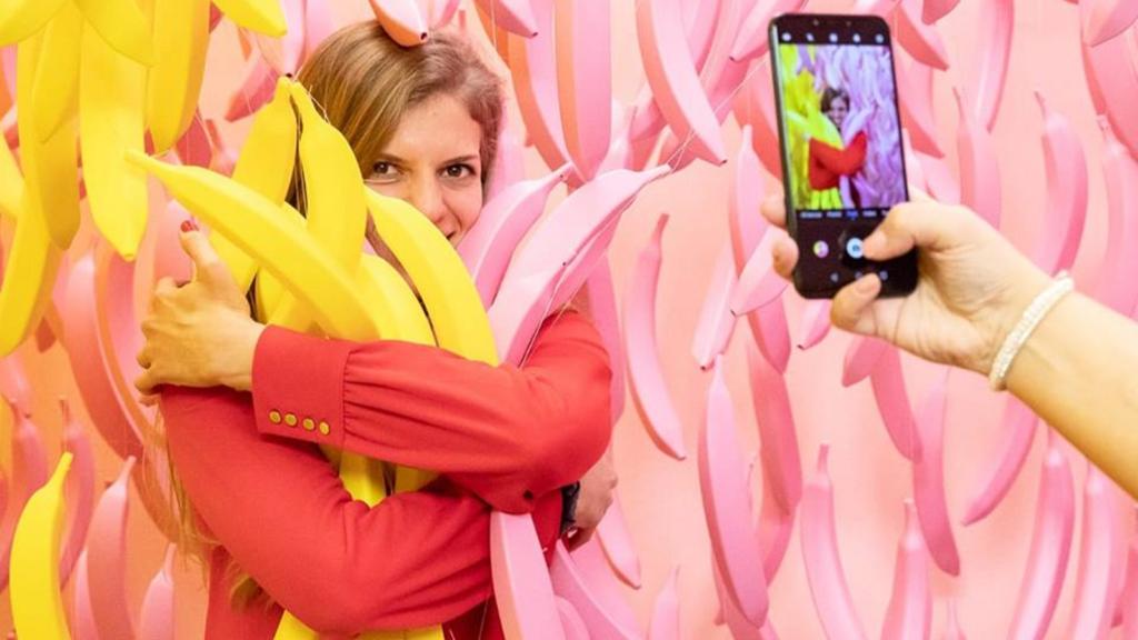 """Entre likes y caramelos: Budapest abrió el primer """"Museo de Dulces y Selfies"""""""
