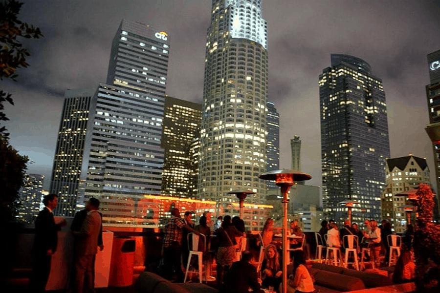 Bares en azoteas de Nueva York: Standar Bar