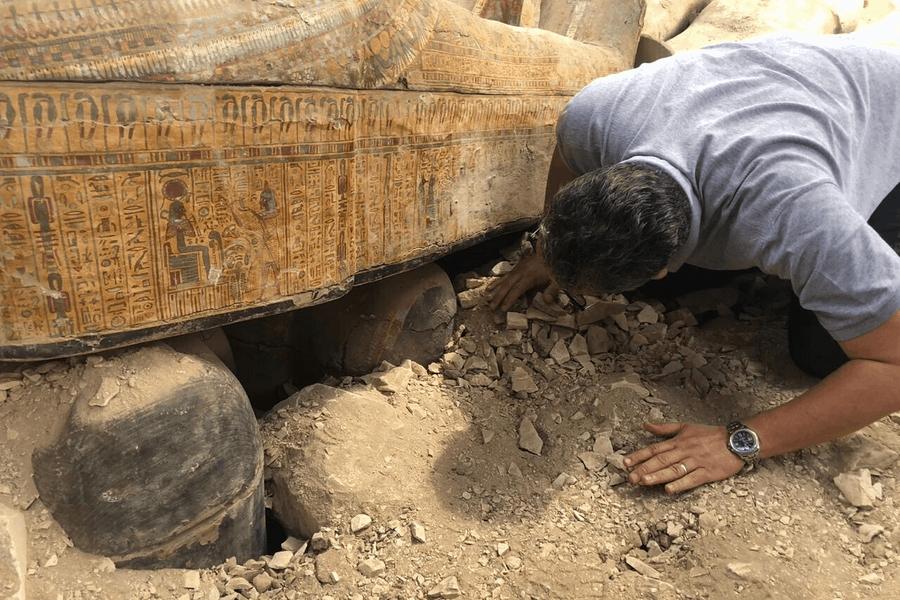 Sorpresa en Egipto: Encontraron 20 féretros de la era faraónica intactos y en perfecto estado