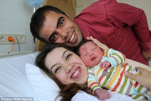 Conoce al bebé que nació con una marca de nacimiento en forma de corazón