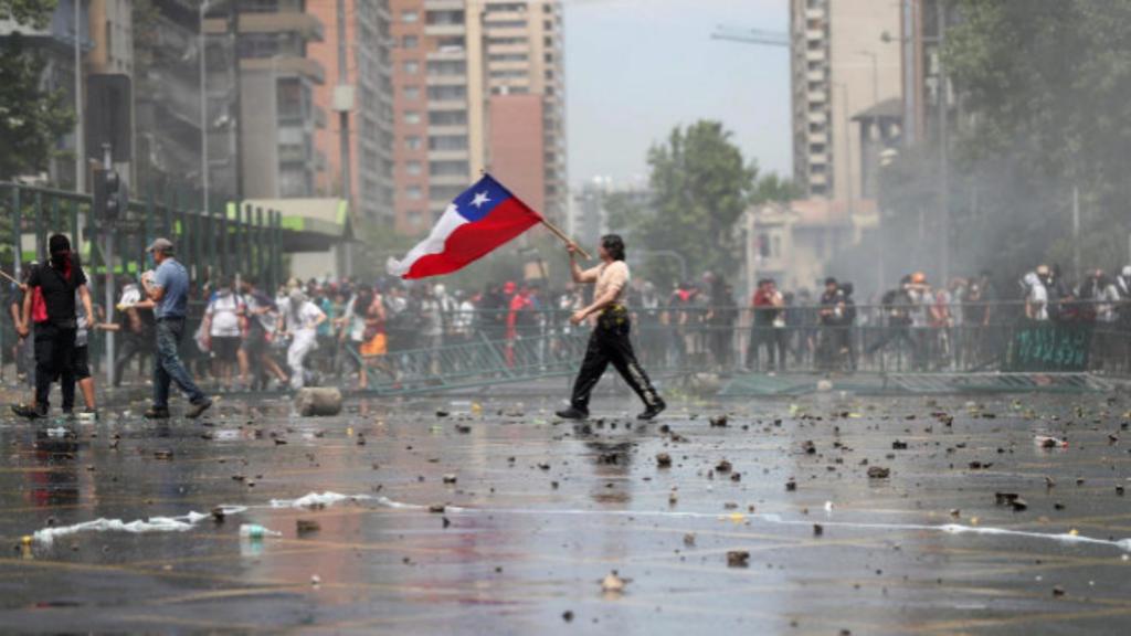 """Chile: contradicciones por la venta de paquetes de """"turismo revolucionario"""" para """"vivir lo que es el estallido social"""""""