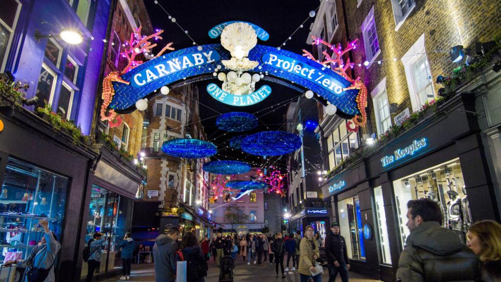 Londres: El alumbrado navideño de Canarby Street está inspirado en la importancia de proteger a los océanos