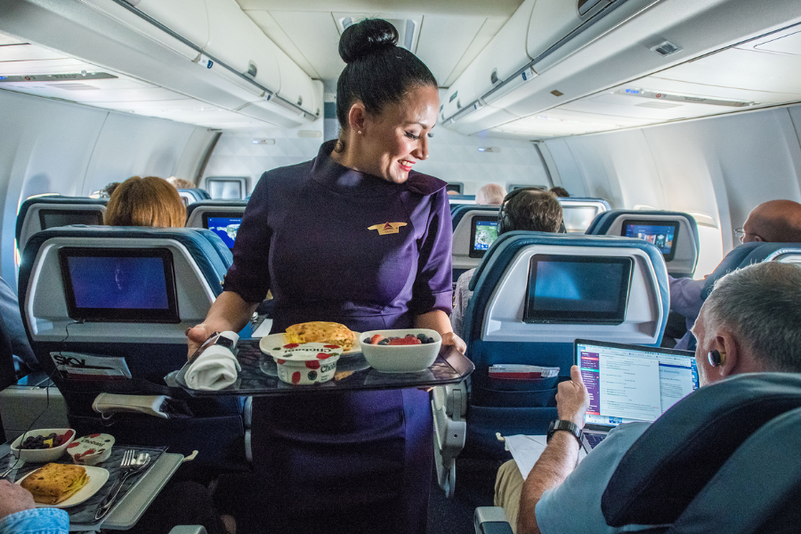 Esta aerolínea pagó 2 meses extras a sus empleados con motivo de felicitarlos por su trabajo en la compañía