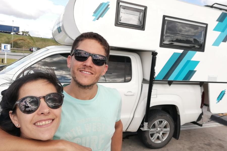 Hakuna Matata de Ushuaia a Alaska: El sueño de una pareja argentina que tiene al amor como combustible