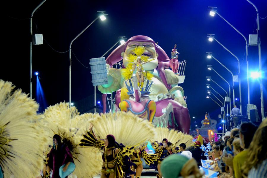 Gualeguaychú recibe un nuevo Carnaval del País, el espectáculo a cielo abierto más grande de Argentina