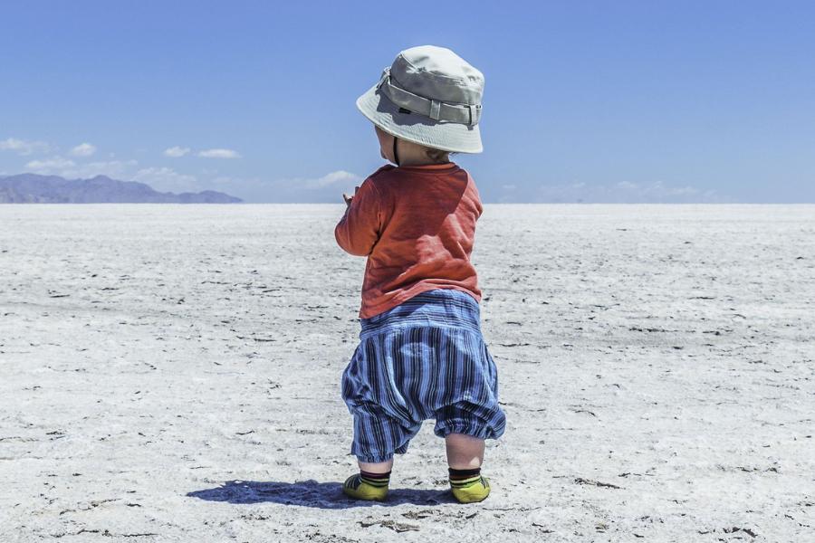 """""""Hola, mundo"""": un reflexivo documental que habla sobre los beneficios de viajar desde niños y no te puedes perder"""