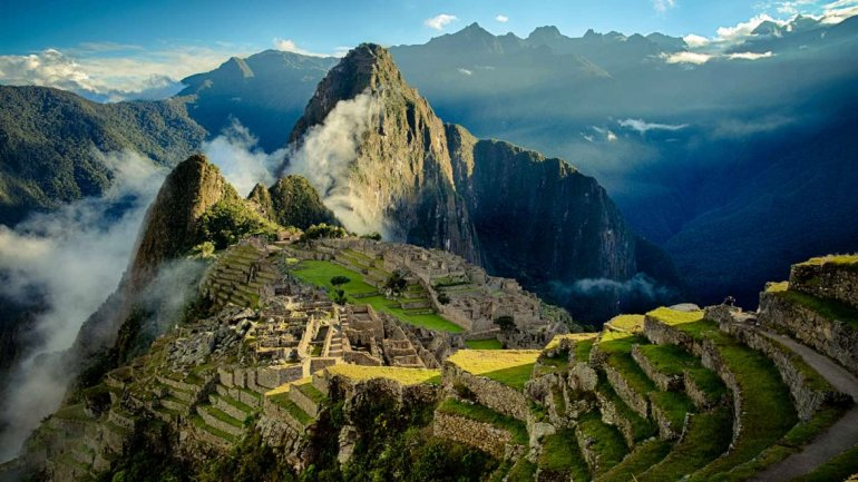 Detienen a dos turistas argentinos por dañar y defecar en un templo de Machu Picchu