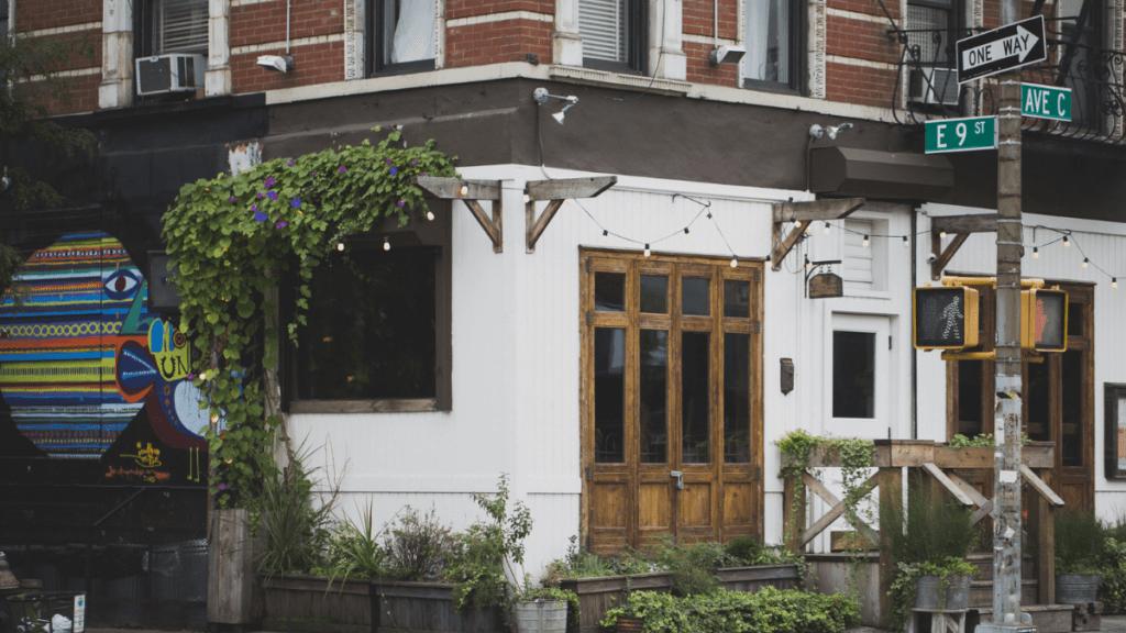 bares y restaurantes ocultos de New York The Wayland