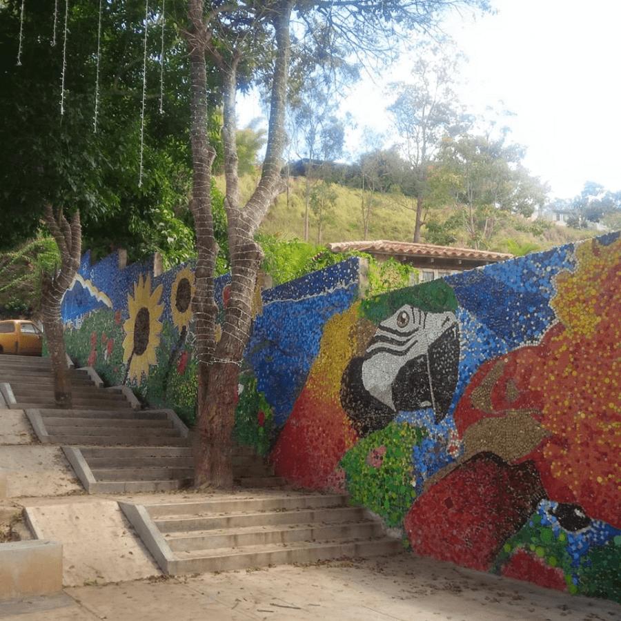 imagen Caracas inaugura su primer mural ecol%C3%B3gico creado 100 con tapitas de botellas de pl%C3%A1stico 6