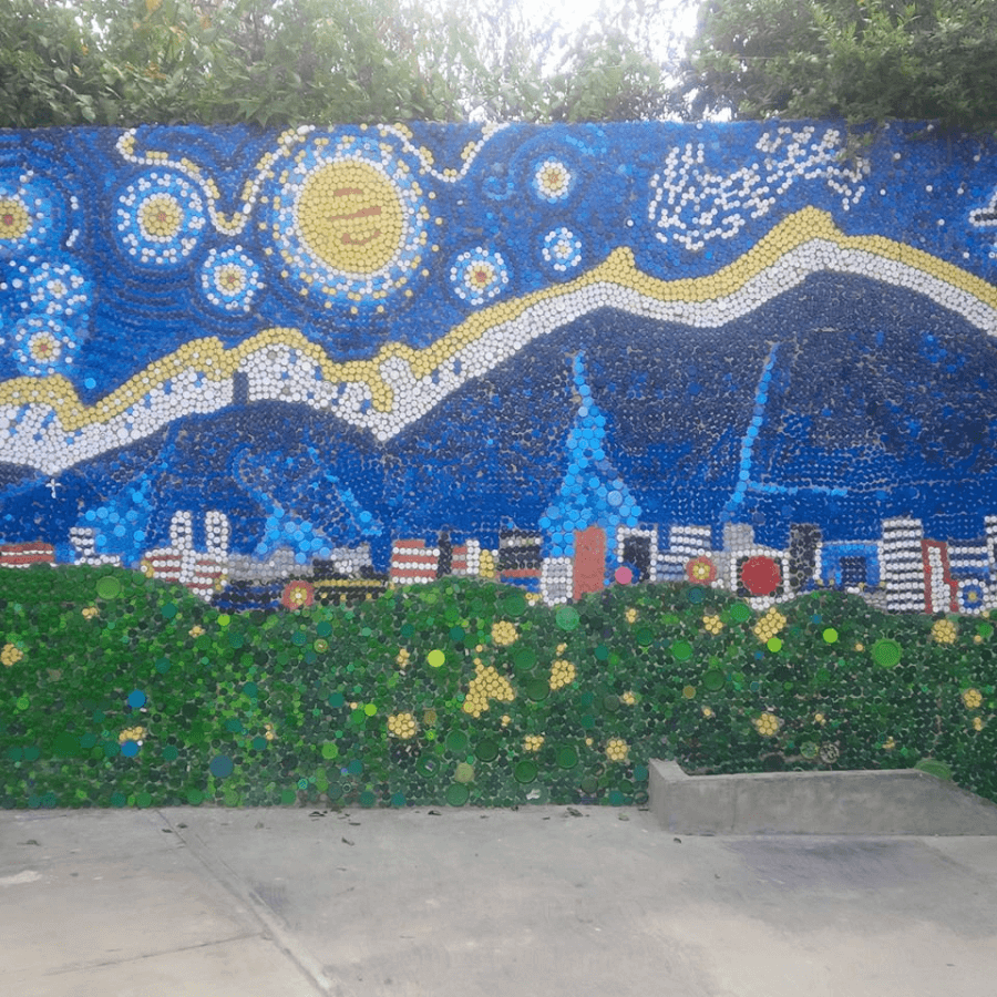 imagen Caracas inaugura su primer mural ecol%C3%B3gico creado 100 con tapitas de botellas de pl%C3%A1stico 3