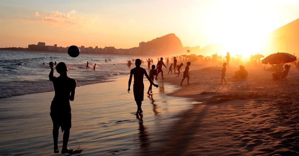 Barrios De Río De Janeiro: Qué Hacer En Barra De Tijuca
