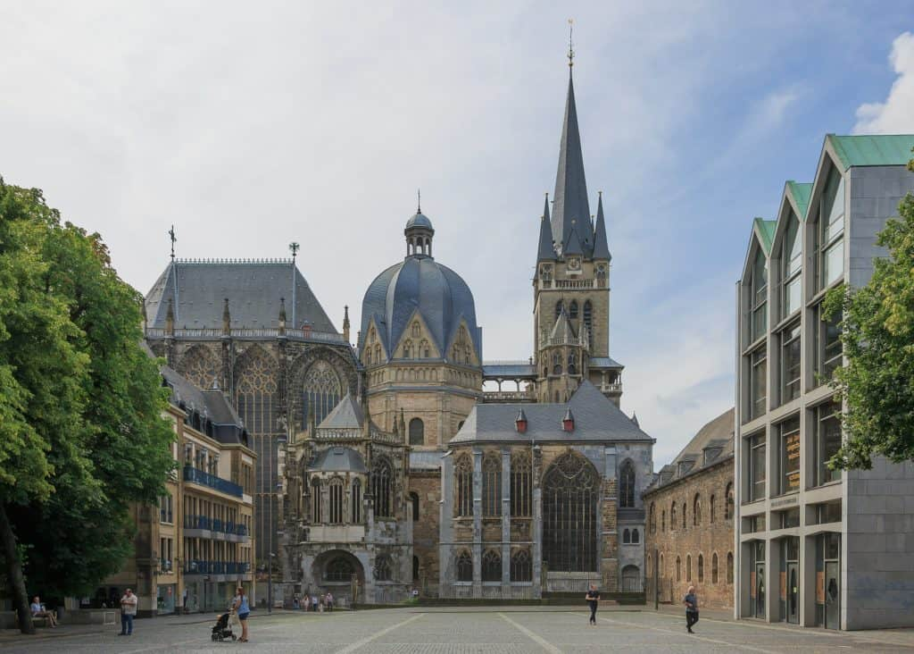 Imagen 2560Px Aachen Germany Imperial Cathedral 01