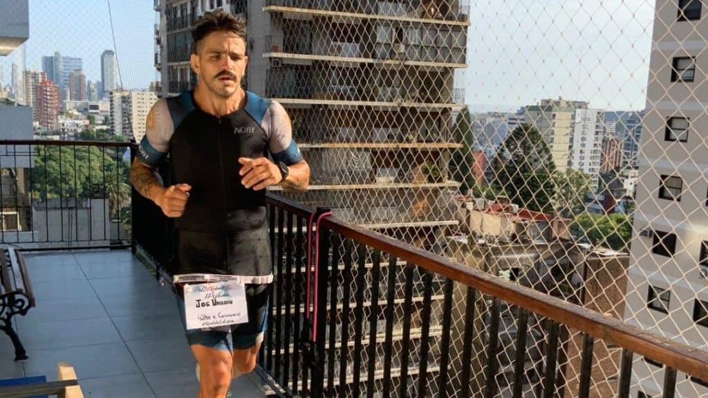 imagen Un atleta argentino corri%C3%B3 42 kil%C3%B3metros en su departamento 1