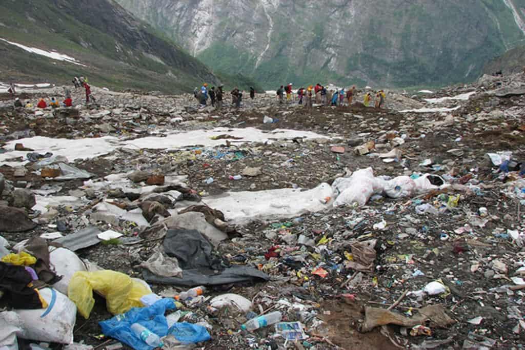 Imagen Foto 2 Los Sherpas Proponen Al Gobierno Nepali%Cc%81 Aprovechar El Cierre Del Everest Para Limpiarlo Everestjpg