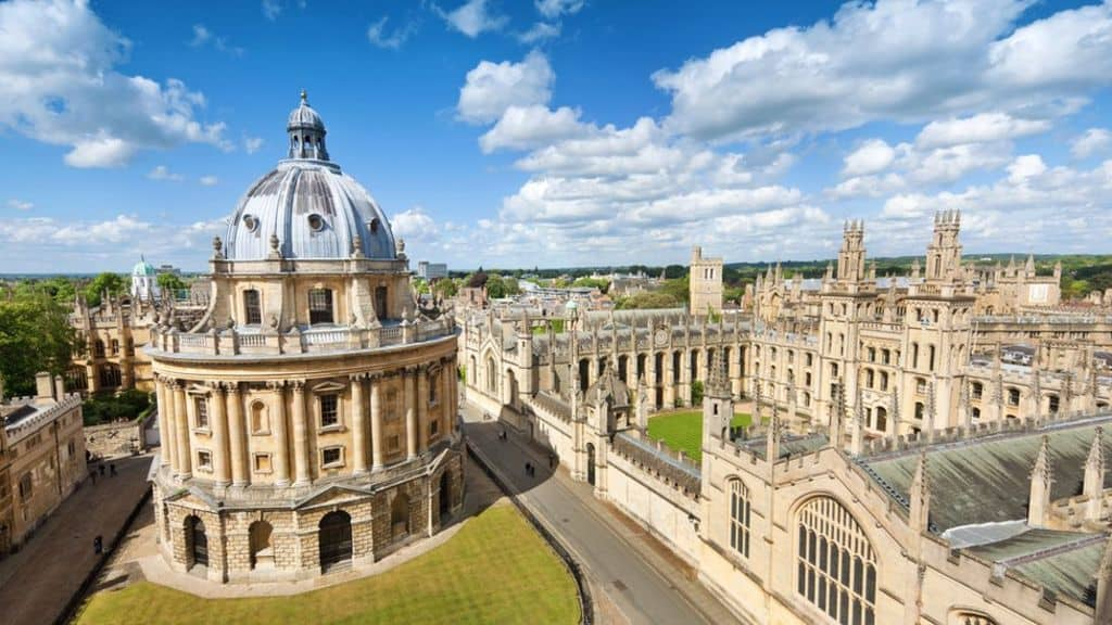 La Universidad de Oxford cancela la inversión en combustibles fósiles luego del fuerte reclamo de sus estudiantes 2