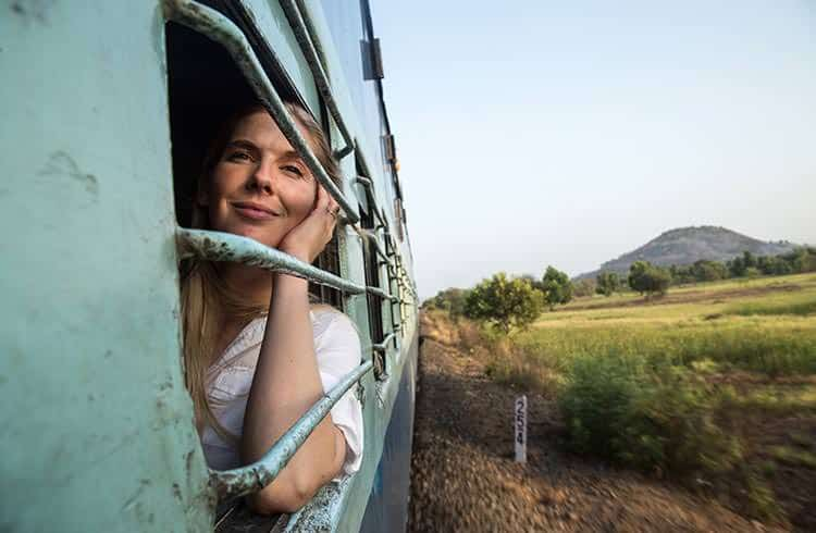 India woman train india julian manrique