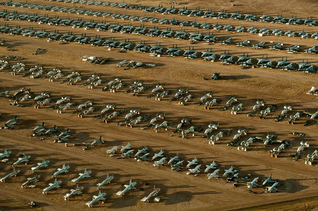 Descubre The Boneyard en Arizona el mayor cementerio de aviones del mundo que puedes visitar gracias a un tour 9 1