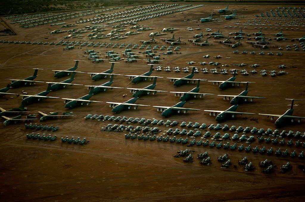 Descubre The Boneyard en Arizona el mayor cementerio de aviones del mundo que puedes visitar gracias a un tour 5 1