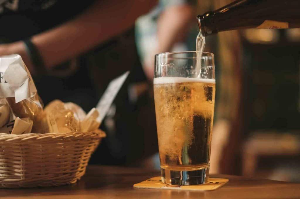 Imagen Biden Regalará Cerveza Gratis Beer Cerveza Gerrie Van Der Walt Unsplash