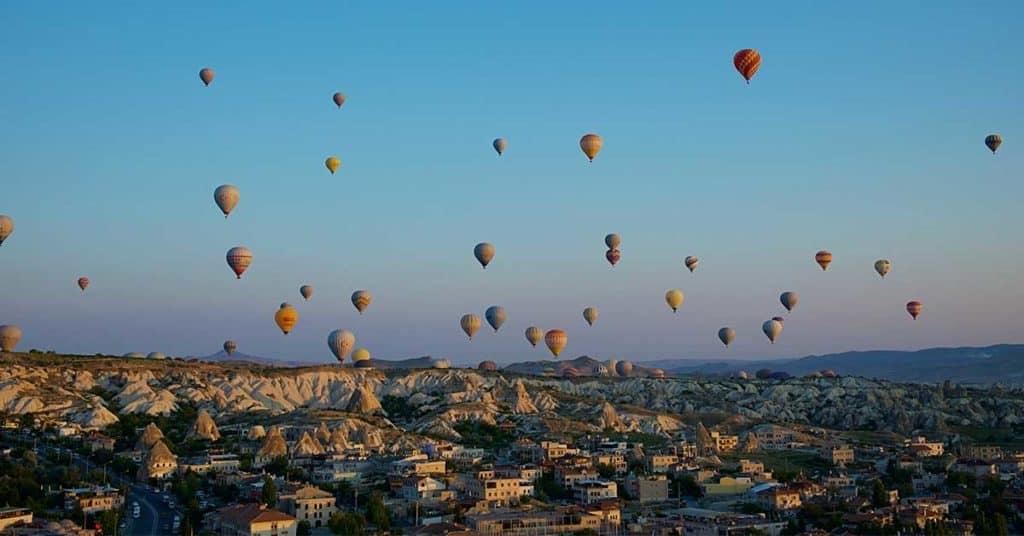 Volar en globo por Capadocia: Todo lo que debes saber antes de subir