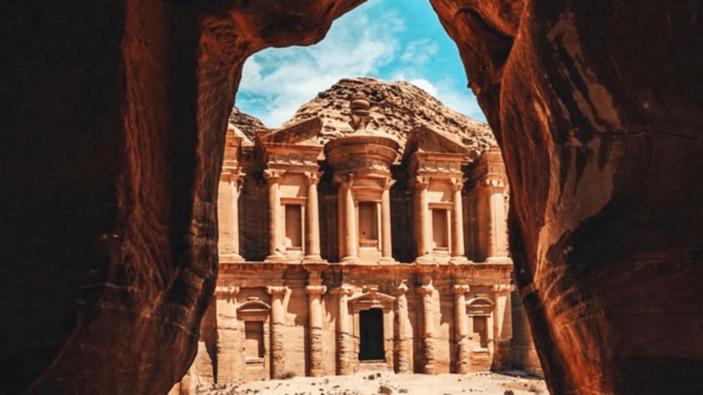 Aventuras en Street View: Ahora puedes descubrir la magnífica ciudad de Petra desde casa