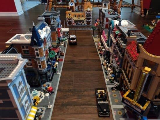 Fan de Disney creó una réplica de Disneyland con Legos