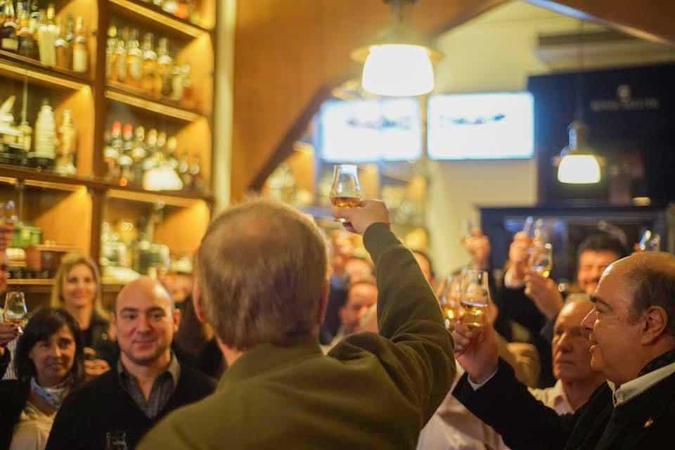 Visita el Museo del Whisky en Buenos Aires y disfruta del bar con m%C3%A1s de 600 etiquetas para degustar 3