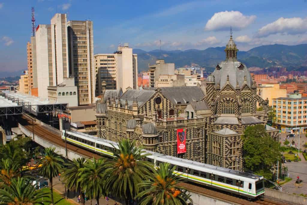 Imagen Curiosidades De Medellin Metro Medellin