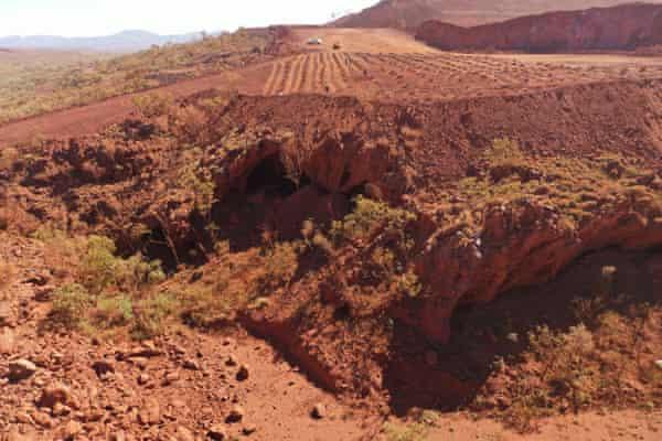 Empresa minera destruye sitio aborigen de 46,000 años de antigüedad para expandir su mina de hierro