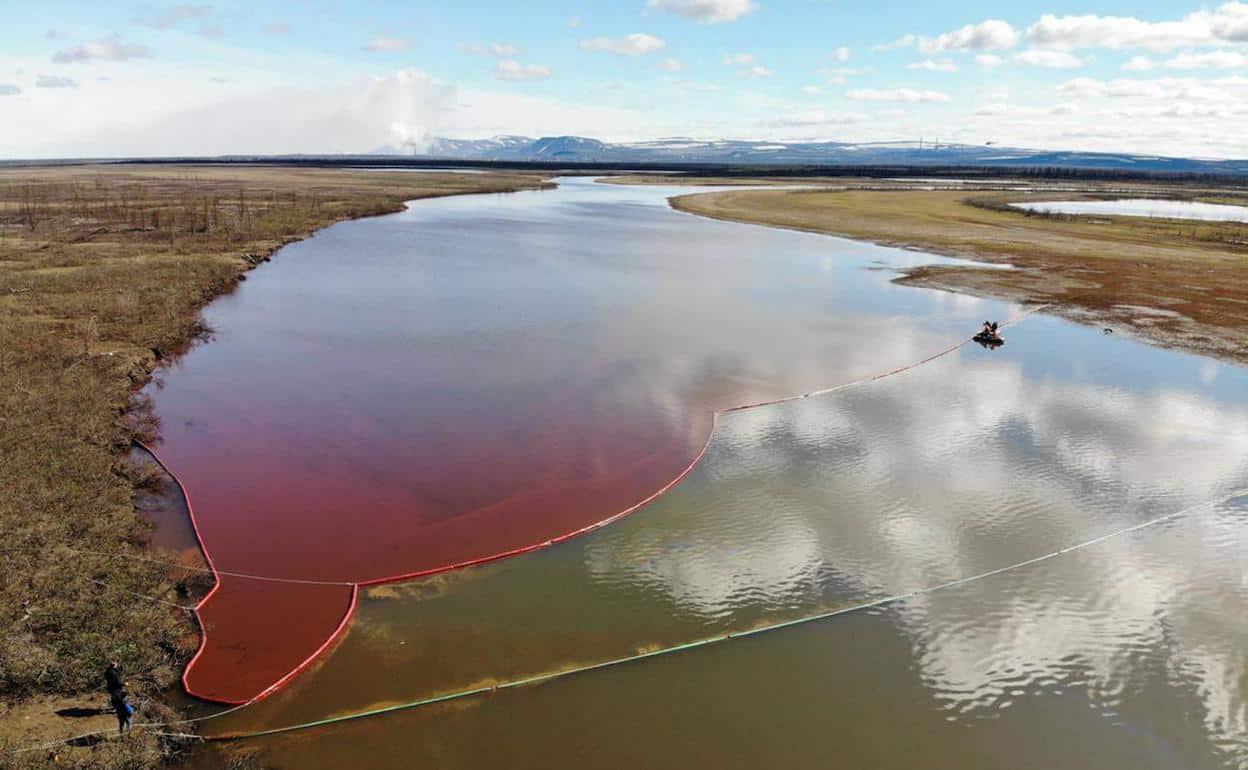 Siberia advierte la presencia de diésel en un lago ártico