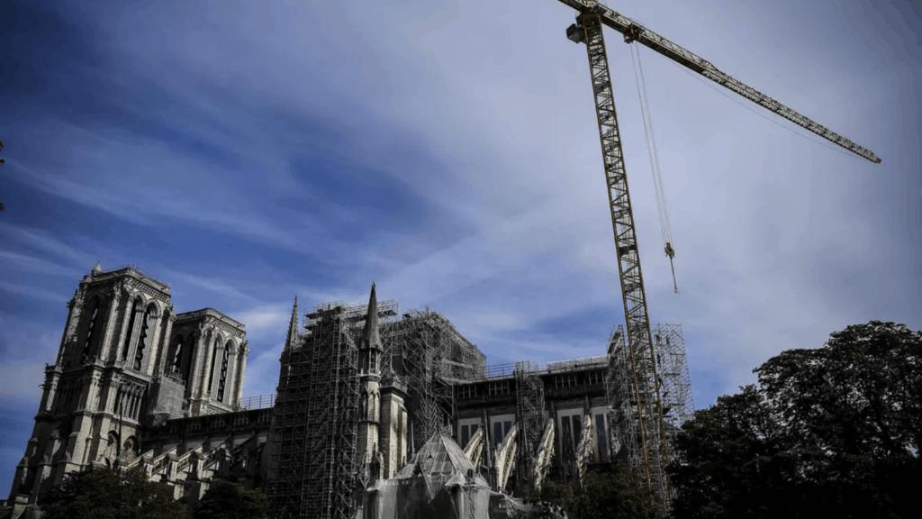 Notre Dame: A partir de hoy ponen en marcha una nueva (y peligrosa) etapa de su reconstrucción