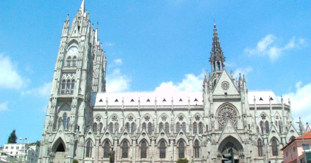 Qué hacer en Quito: La Basílica del Voto Nacional