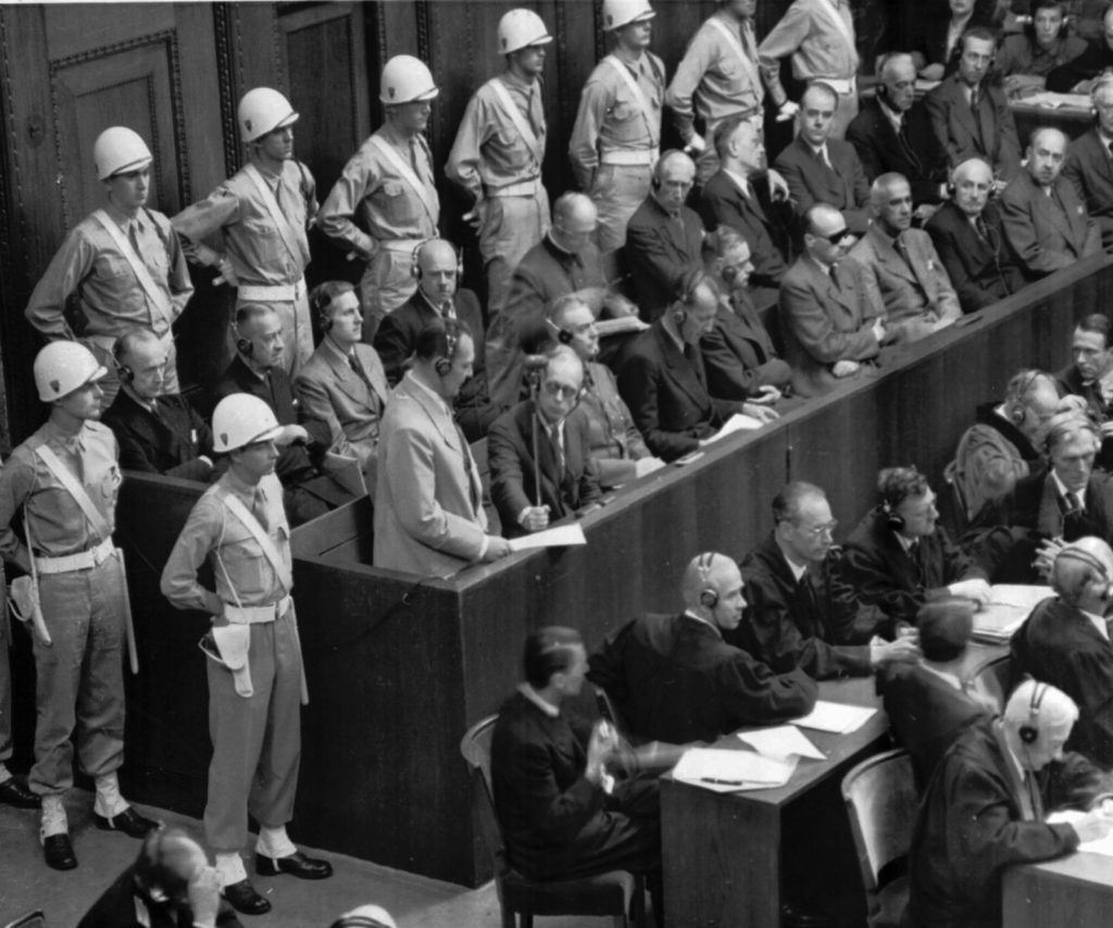 imagen Hermann Goring Nazi prisoner box trials Nurnberg