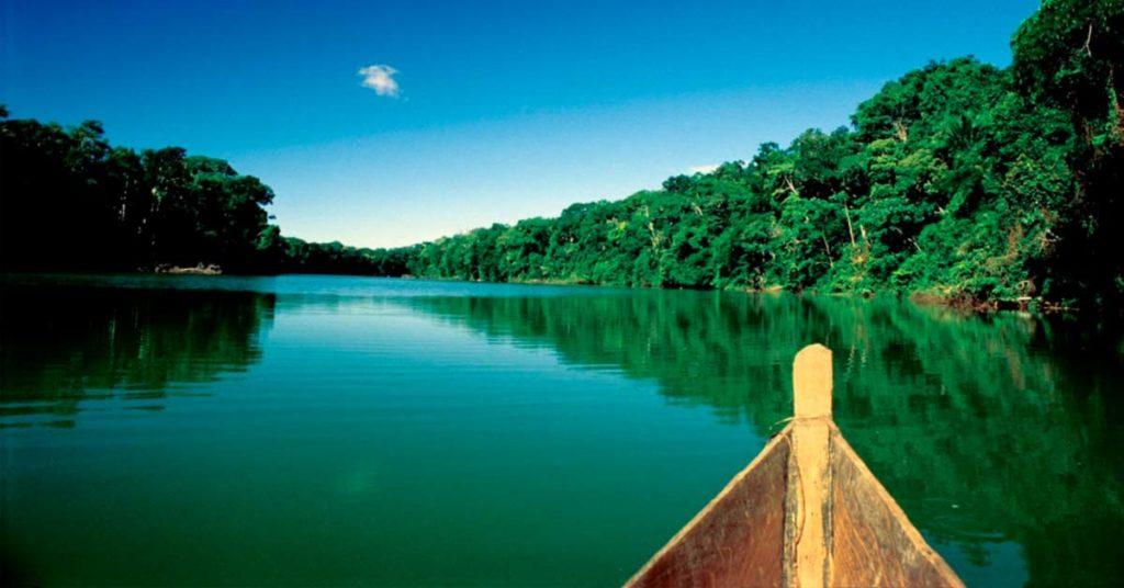Paseo en barco | Selva amazónica peruana