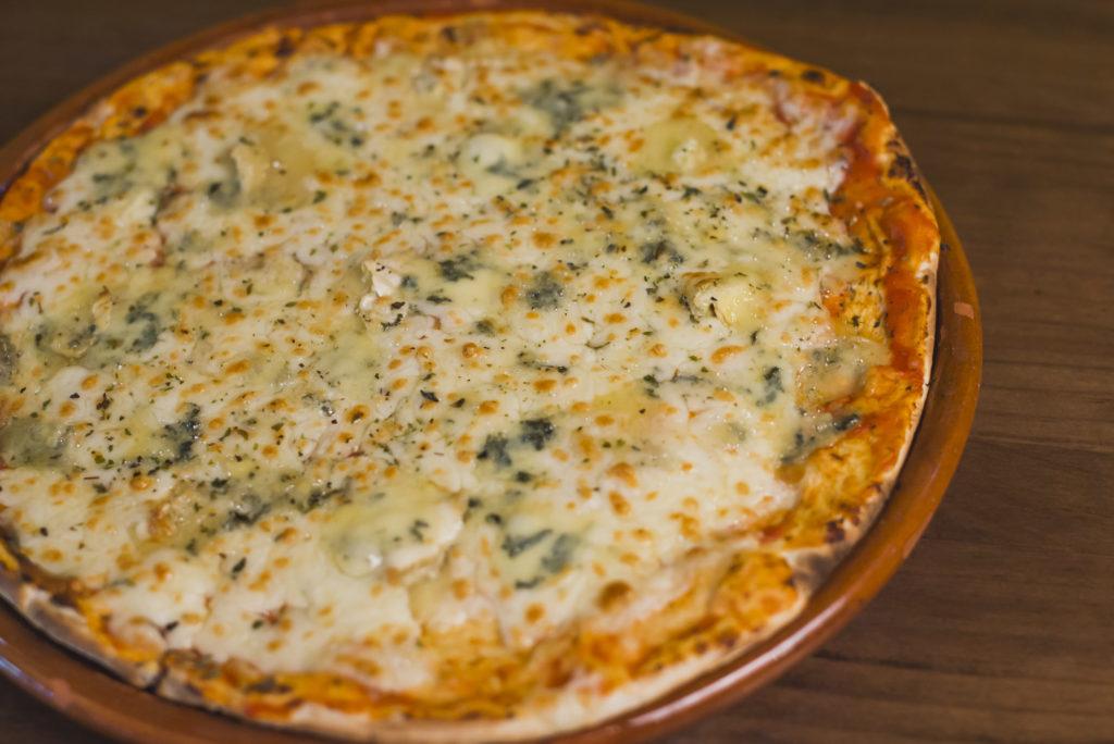 10 estilos de pizza: pizza quattro formaggi