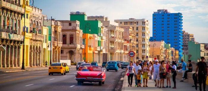 Cuba empieza en un mes a abrir hoteles en Varadero y Cayo Coco
