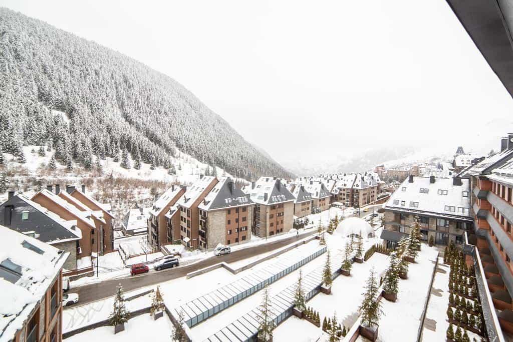 centro de esquí más importante de España Conoce el hotel Himalaia un hospedaje perfecto en el centro de esqu%C3%AD m%C3%A1s importante de Espa%C3%B1a 1