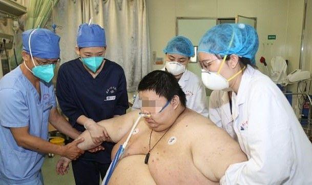 Un hombre chino engordó más de 100 kilos durante la cuarentena