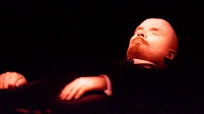 En Rusia proponen comercializar el cuerpo de Vladimir Lenin para paliar los efectos de la crisis por coronavirus