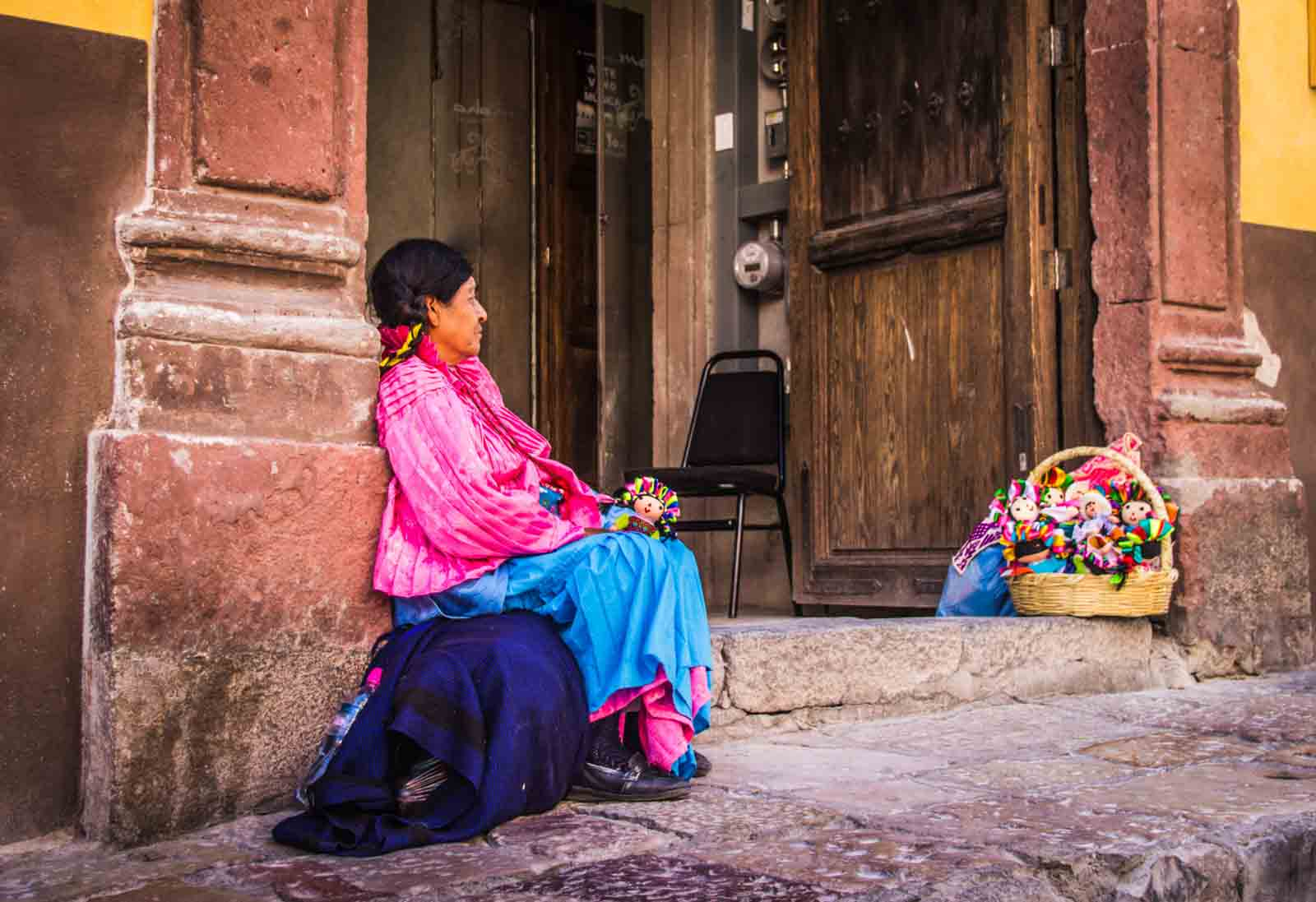 nahuatl-mexico-bernardo-ramonfaur-unsplash