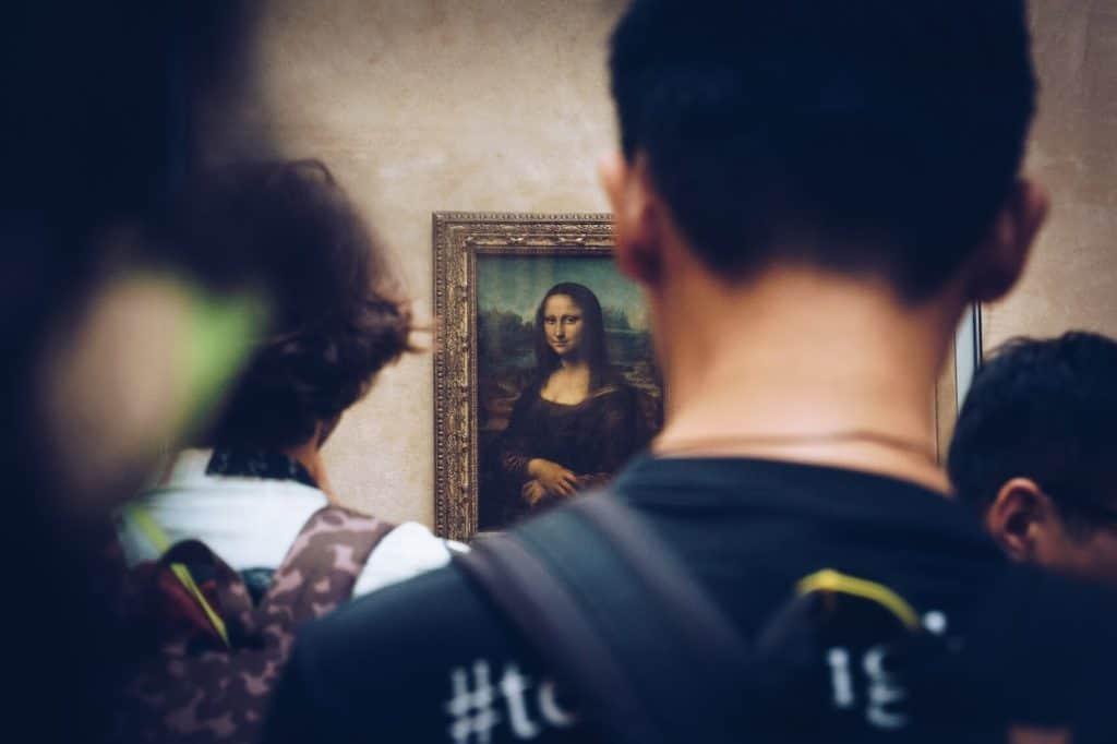 Pasar un rato a solas con la Mona Lisa será posible gracias a esta lujosa subasta impulsada por el Museo del Louvre